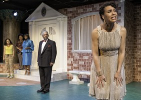 (left to right) Danielle Doyle (Chorus), Elizabeth Strong (Tutor/Chorus), Shani Harris-Bagwell (Chorus), Dwight Dean Mahabir (Kreon),  Leontyne Mbele-Mbong (Medea) Kreon banishes Medea and her children